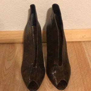 J. Renee Rilla Women's high heels shoes size 8